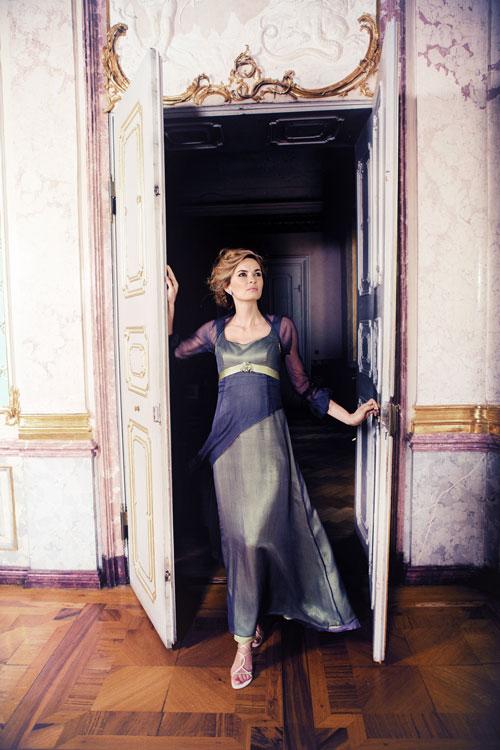Portraitfotograf München Fashionshooting in einem Schloss