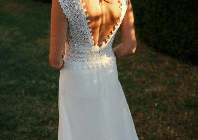 Hochzeitsfotograf München Hochzeitskleid im Abendlicht