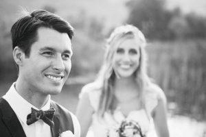 Hochzeitsfotograf München Portrait vom Paar in Schwarz Weiss